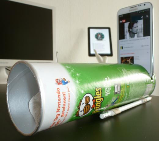 Smartphone-Pringles-Speakers