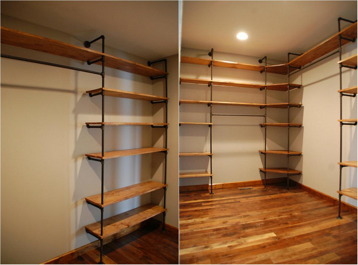 Pipe closet
