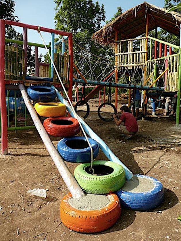 Идеи детской площадки из шин
