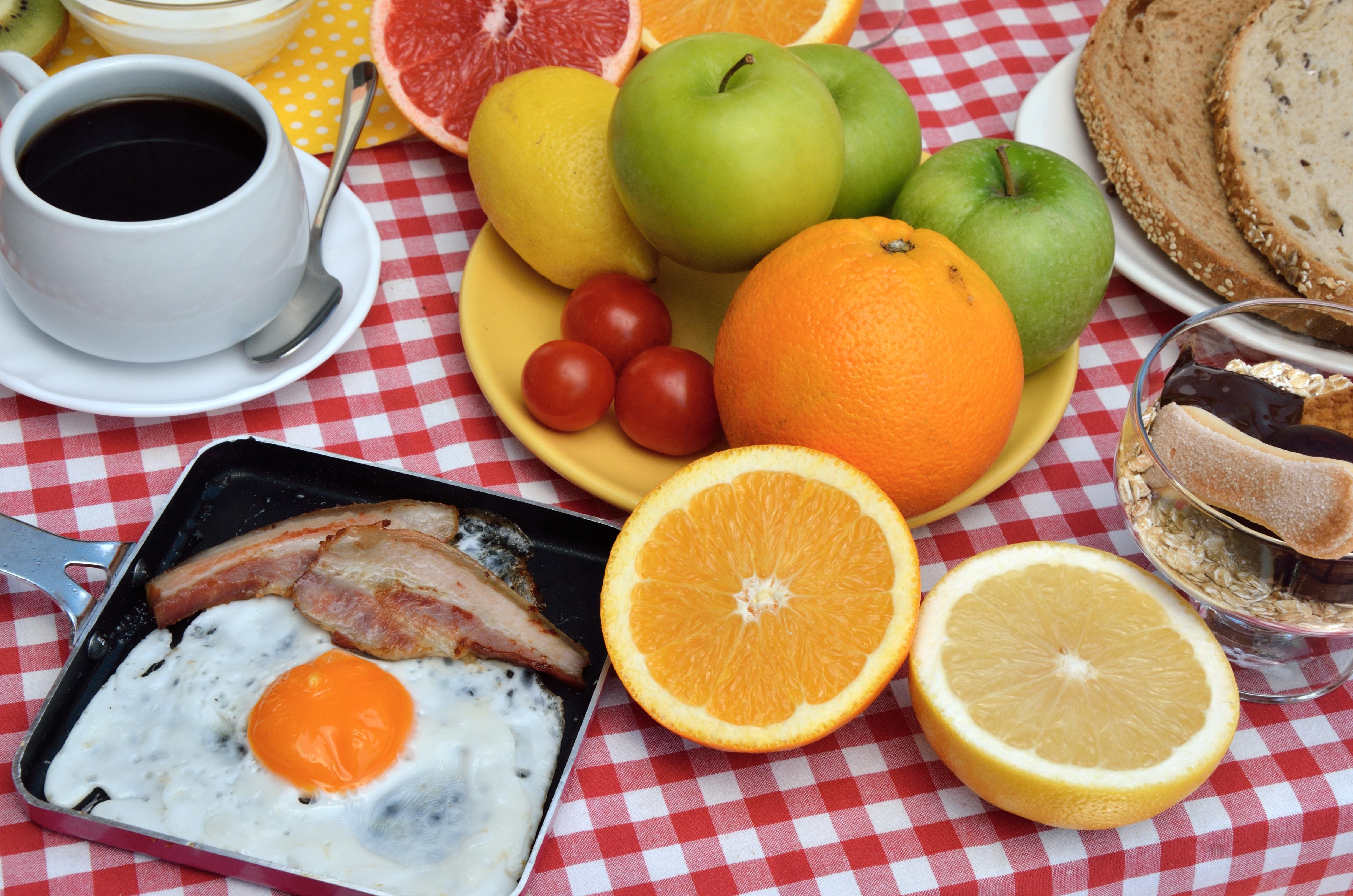 Как не набрать вес, работая дома