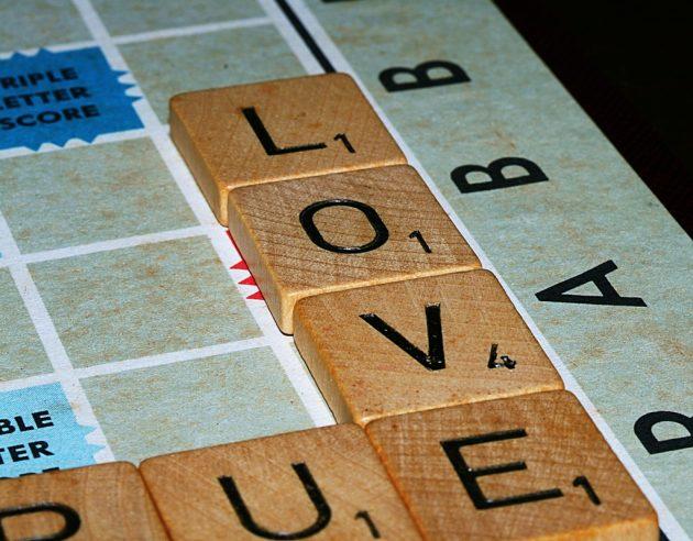 Подарки на День святого Валентина: игры для двоих
