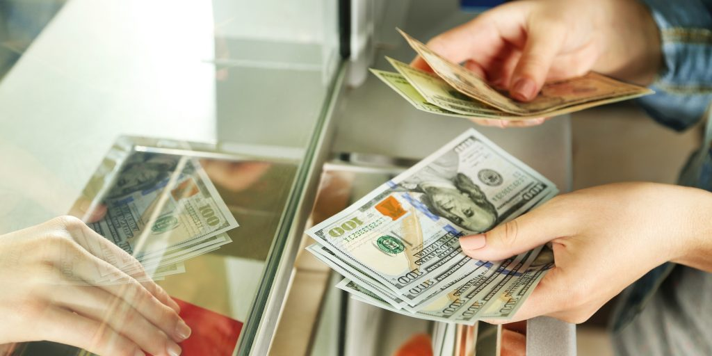 Займы в валюте между резидентами