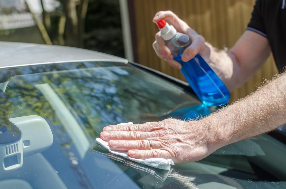 Заклейка стекла автомобиля своими руками 56