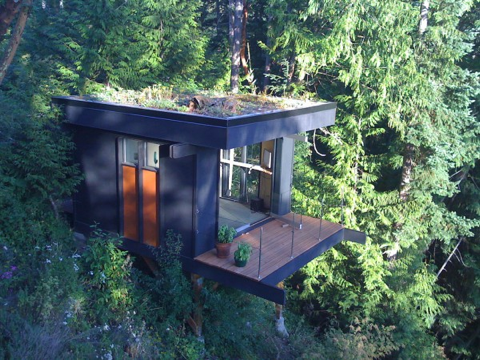 peter-frazier-lifehacker-tiny-house-exterior-600x450-1