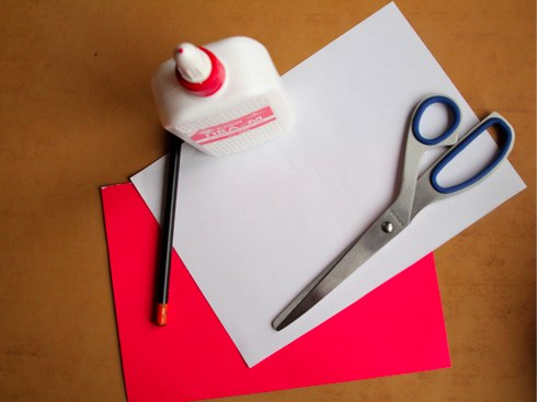 Новогодние игрушки своими руками: объемная открытка с елочкой