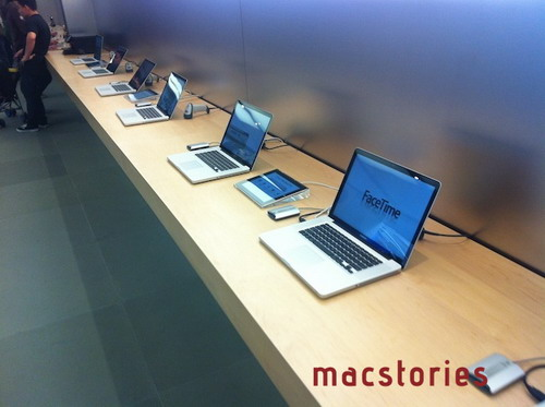 01-1-MacBooks