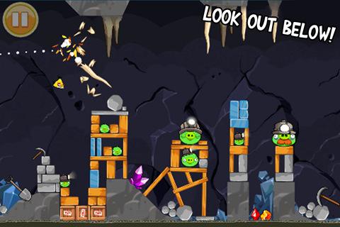 В новой версии Angry Birds свиньи скрылись в пещерах