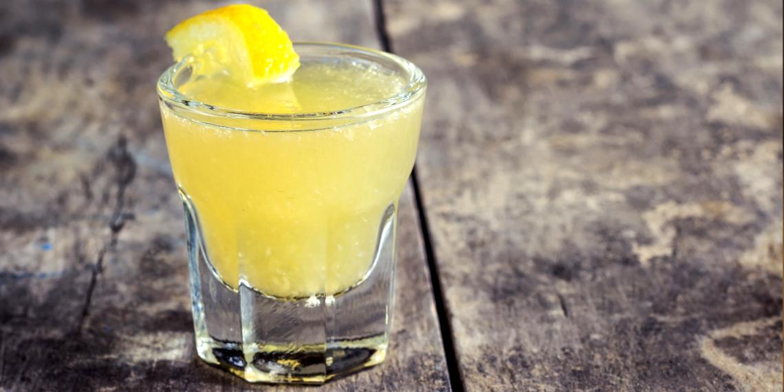 как приготовить ликер «лимончелло»