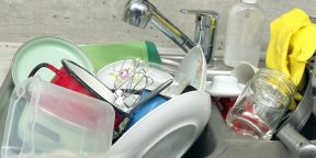Как быстро отмыть кастрюлю и сковороду