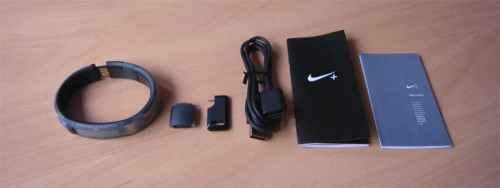 4_nikefuelband_all_components
