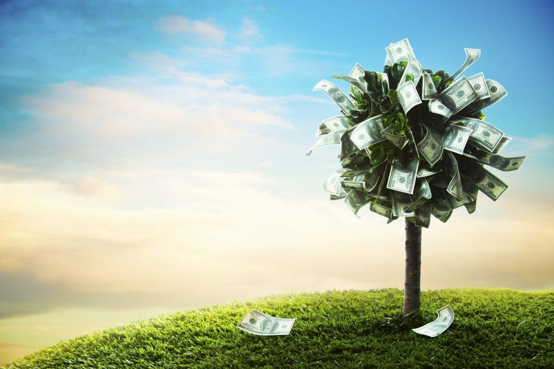 Как выгодно вложить свободные деньги: сделать вклад или погасить кредит?