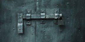 Открываем простые замки с помощью канцелярской скрепки: 4 способа
