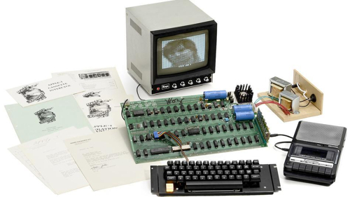 Apple-1 был продан на аукционе за 671400 долларов