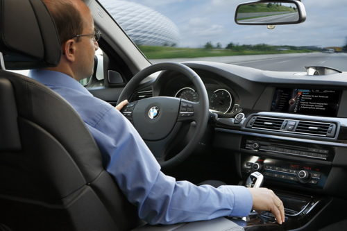 Siri Eyes Free будет поддерживаться на всех моделях BMW 2021 года