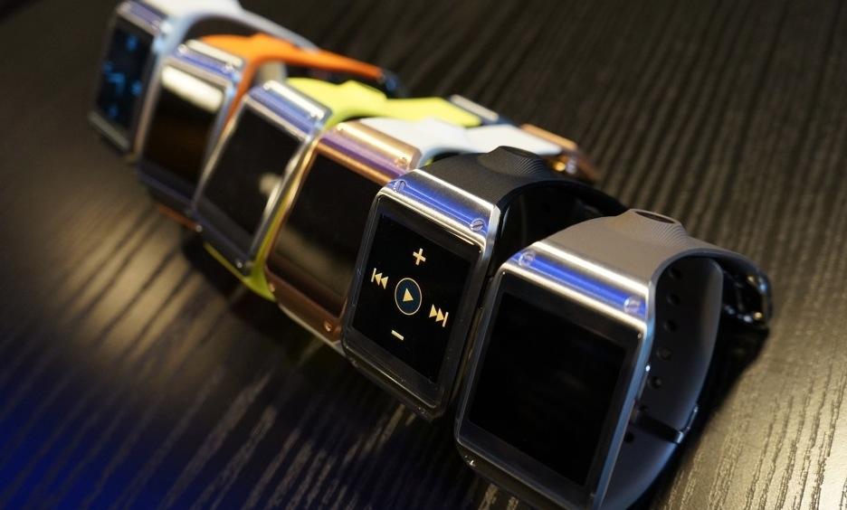 Samsung представил свои «умные» часы