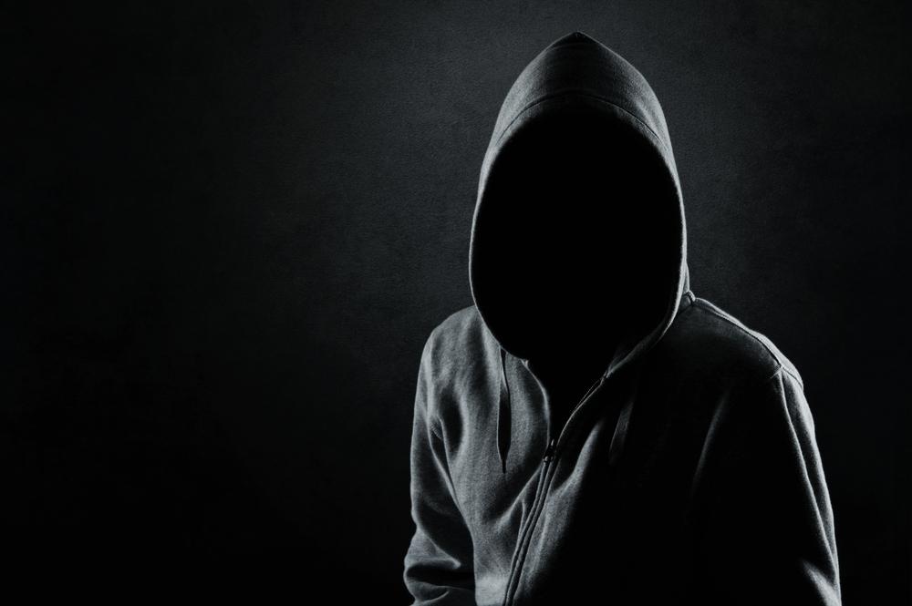 человек в темноте скачать торрент img-1