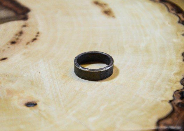 Как из любой монеты сделать кольцо