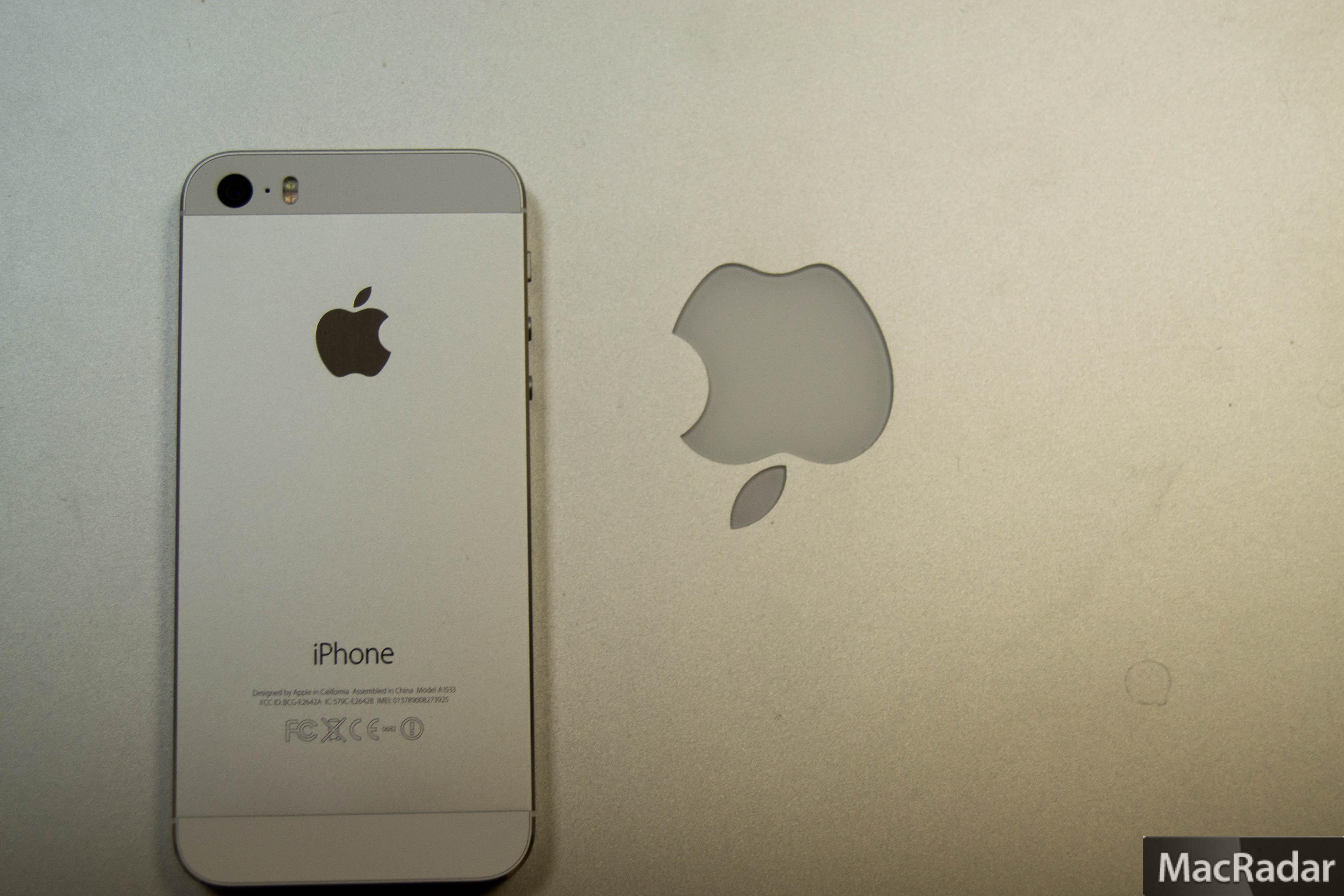 Фото на айфон на экран