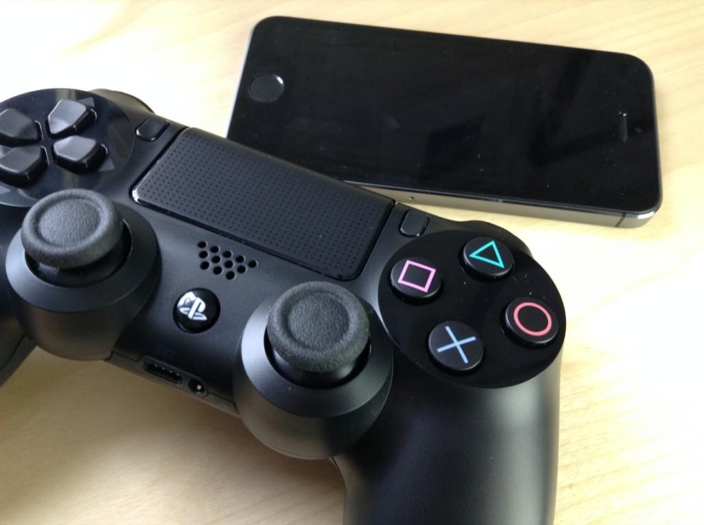 Как использовать геймпад DualShock 3/4 в играх на iOS 7? [jailbreak]