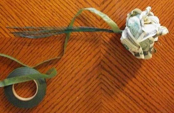 как сделать денежную розу