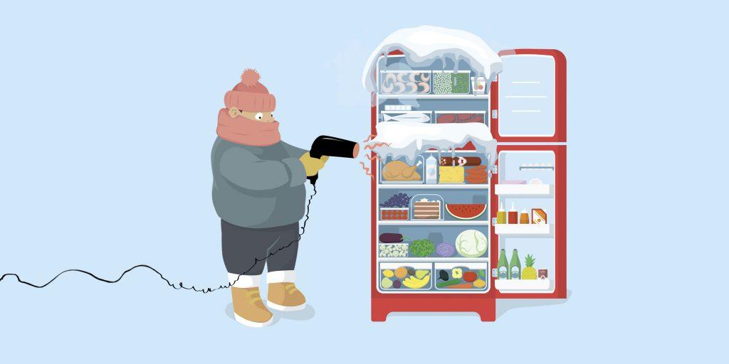 Можно ли феном разморозить холодильник