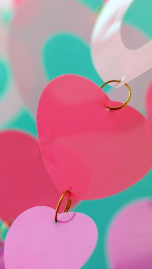 Valentine's-Day-gifts-iphone-5-wallpaper-ilikewallpaper_com