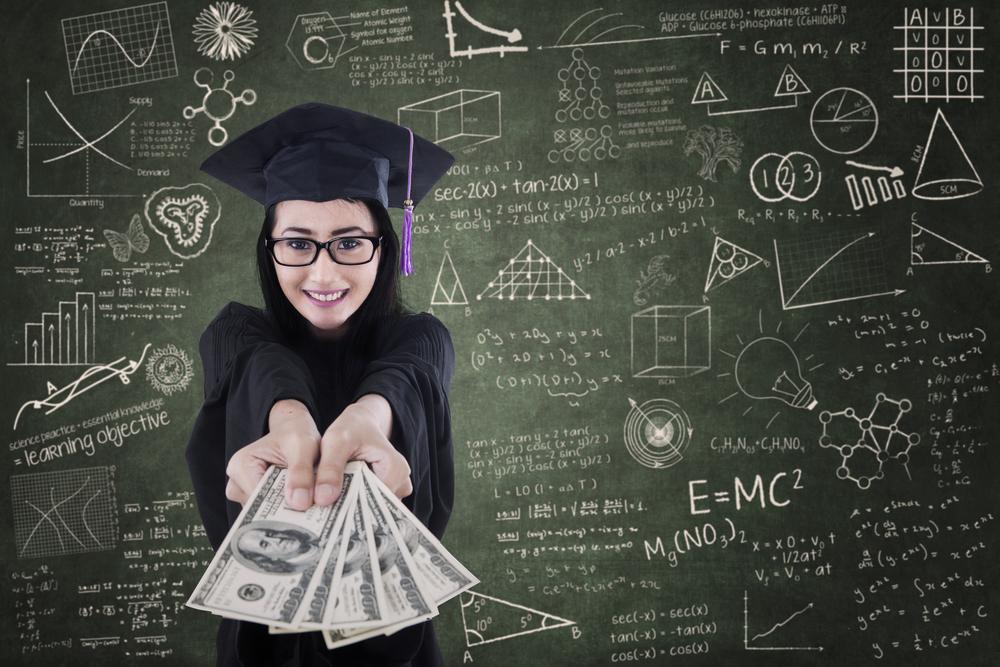 Кто дает деньги на международное образование девушкам