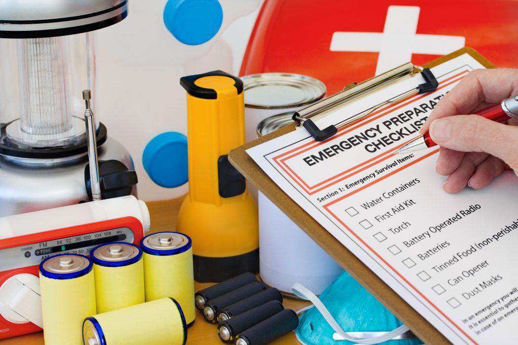 Тревожный чемоданчик военнослужащего: комплектация, список