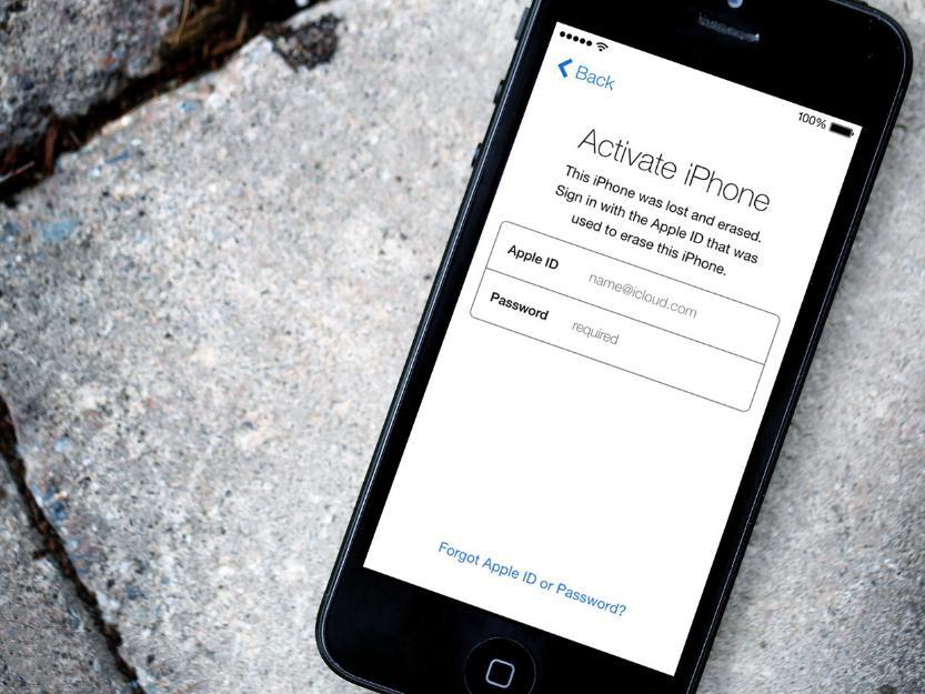Производителей смартфонов и операторов обяжут внедрить в устройства «рубильники смерти»