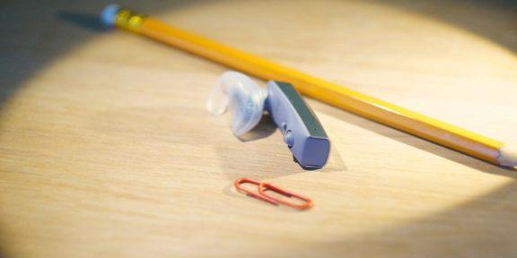 ОБЗОР: Jawbone ERA — блютуз-гарнитура, в которой есть смысл