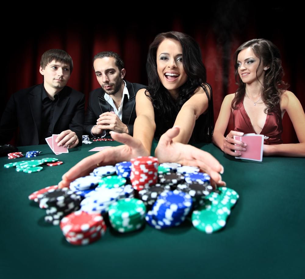 Кто разбогател на онлайн покере покер русский онлайн на деньги