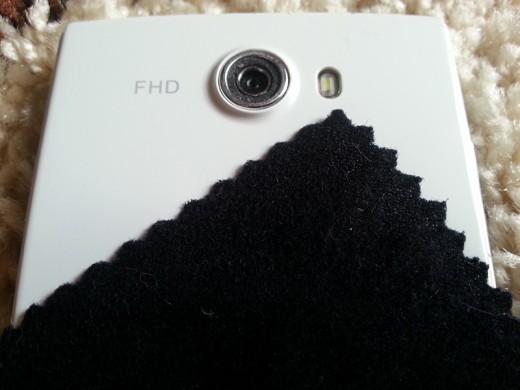 Как очистить телефон от пятен и бактерий в домашних условиях