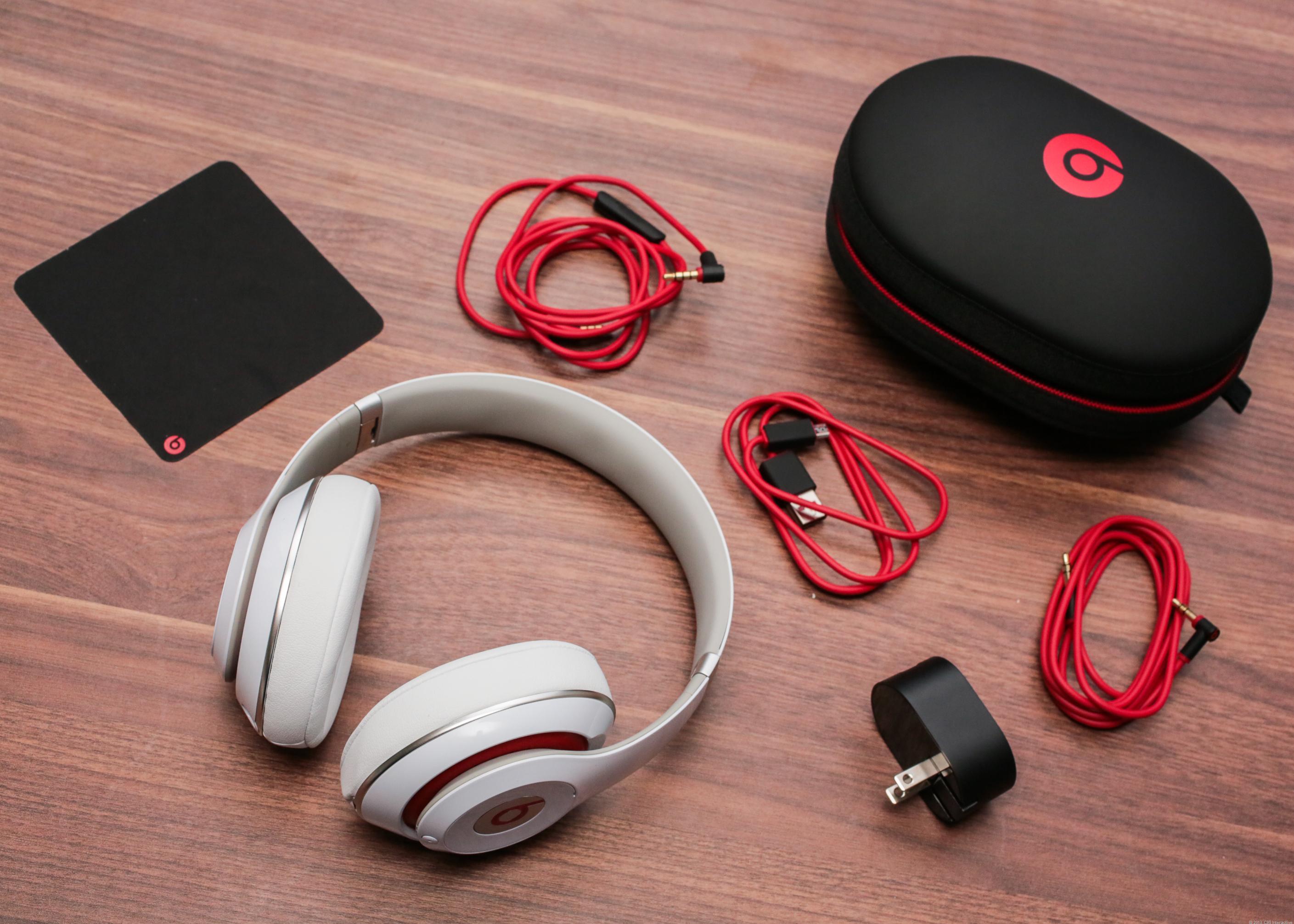 Apple приобрела не только Beats, но и их проблемы