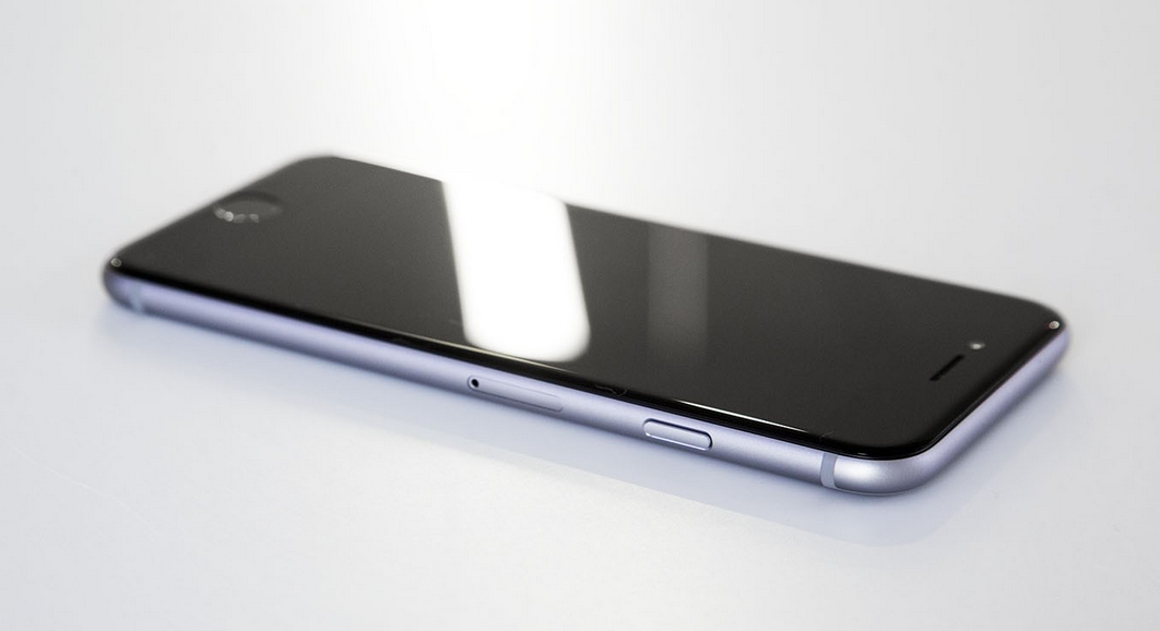 Российским призывникам запретили пользоваться iPhone (обновлено)