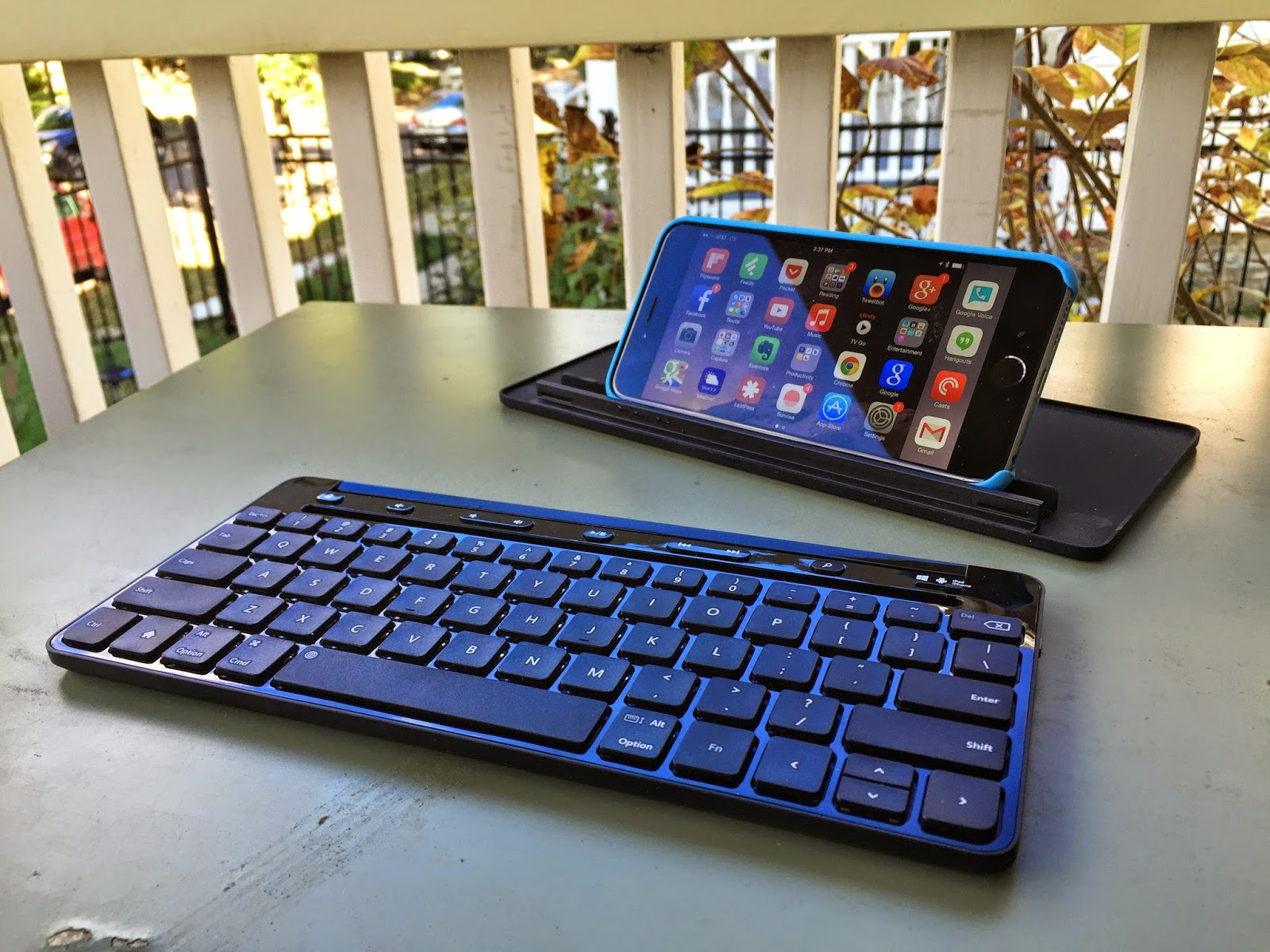 Секс на столе на клавиатуре фото фото 226-805