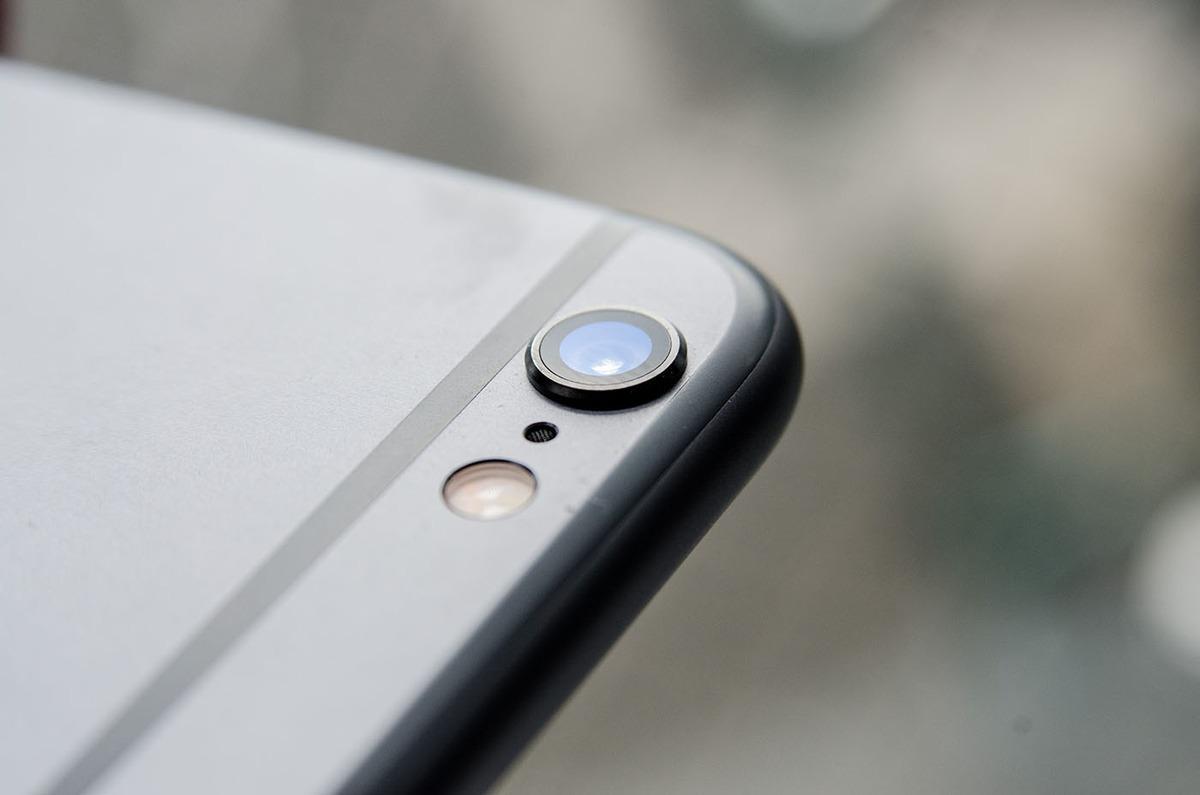 Почему в новых iPhone выпирает камера