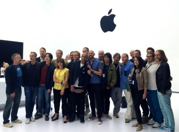 Apple_Industrial_Design_team_2014-640x472