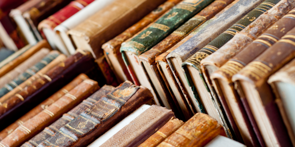 Как обращаться с книгами, чтобы они сохранились как можно дольше