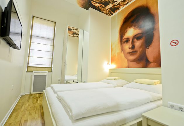 Franz Ferdinand Hostel 1