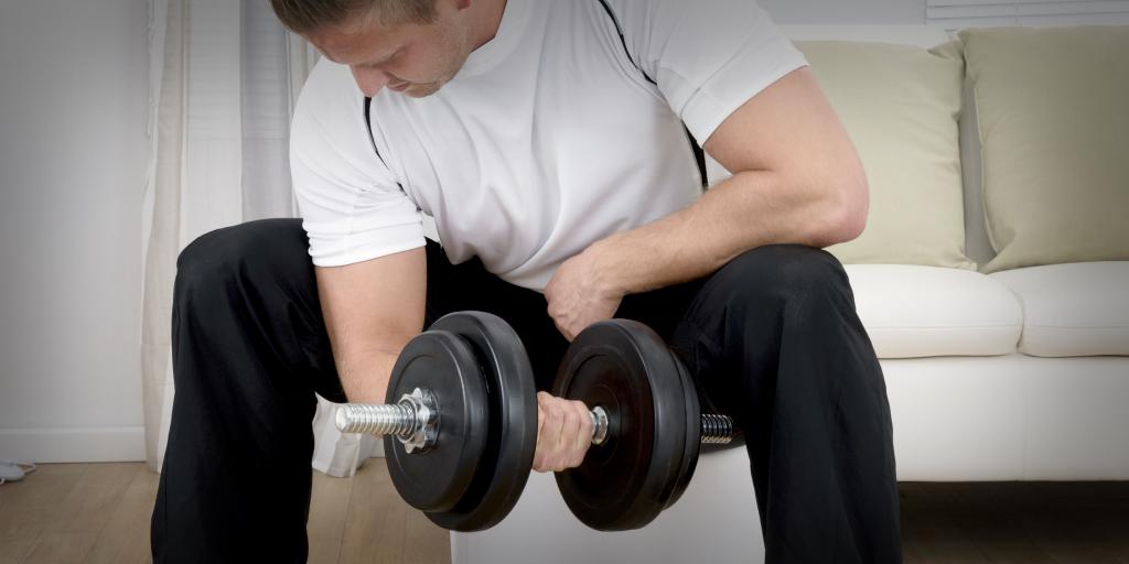 Как заниматься спортом, не покидая своего дивана