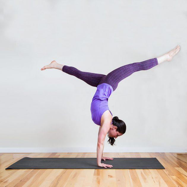 Handstand-Split 3