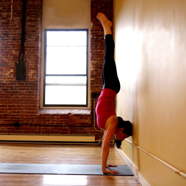 Handstand-Against-Wall 34