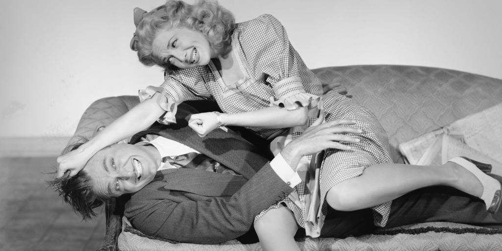 Как фраза «девочек обижать нельзя» ломает детям психику