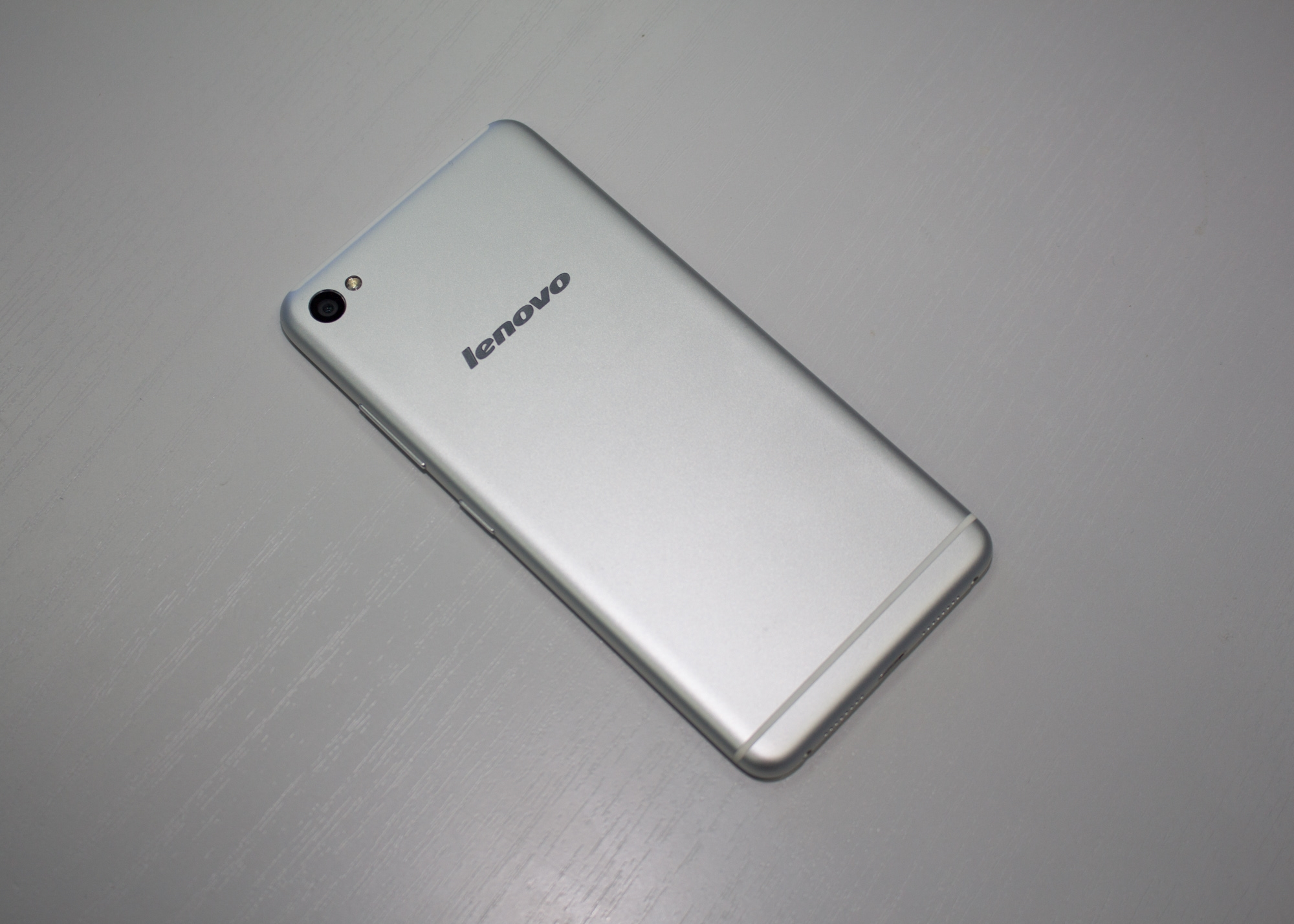 Lenovo S90 Iphone Android S 90 6 16 49 32 20