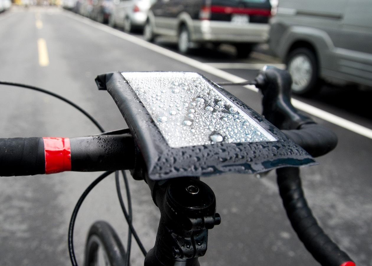 5 отличных iPhone-аксессуаров для велосипедистов