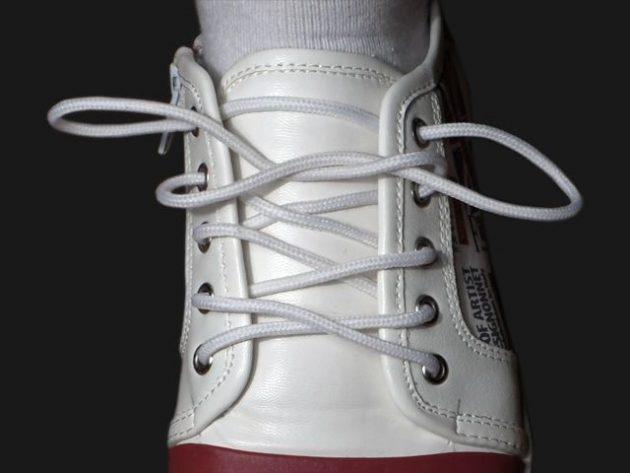 Завязываем шнурки по-украински