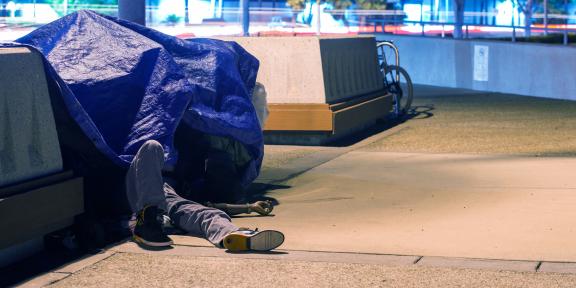 Стать бездомным, чтобы сэкономить деньги — насколько жизнеспособна эта идея