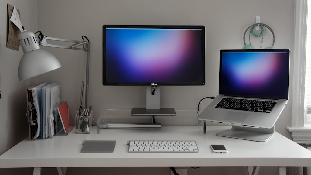 Рабочие места в «яблочном» стиле