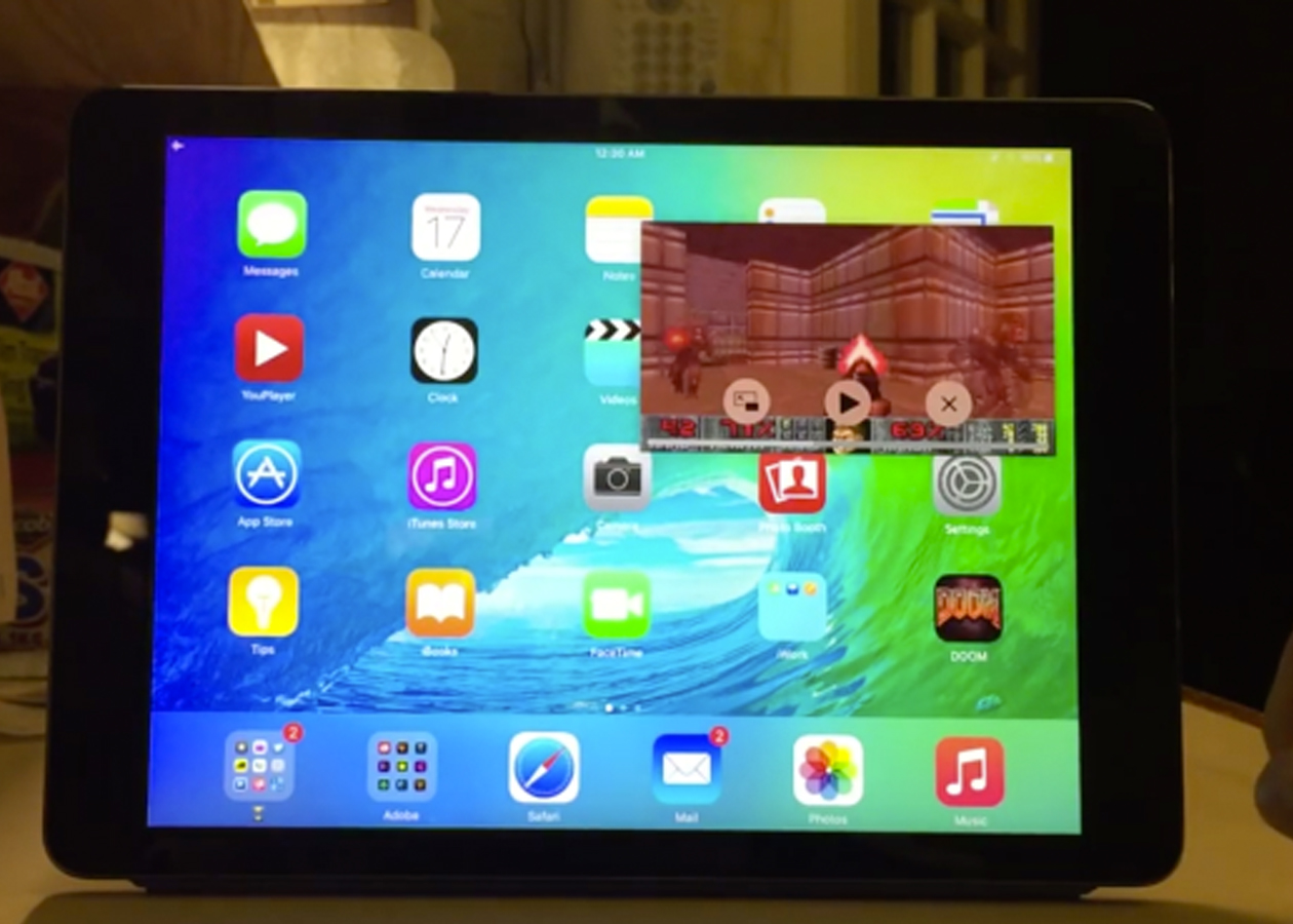 На iPad с iOS 9 запустили Doom в режиме «картинка в картинке»