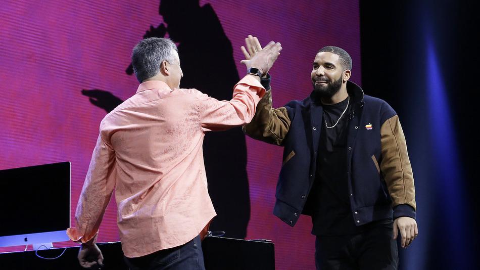 «Мы сделаем жизнь проще», —Джимми Айовин и Эдди Кью об Apple Music